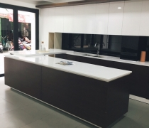 PROJECT: Mặt bếp Solid surface Montelli